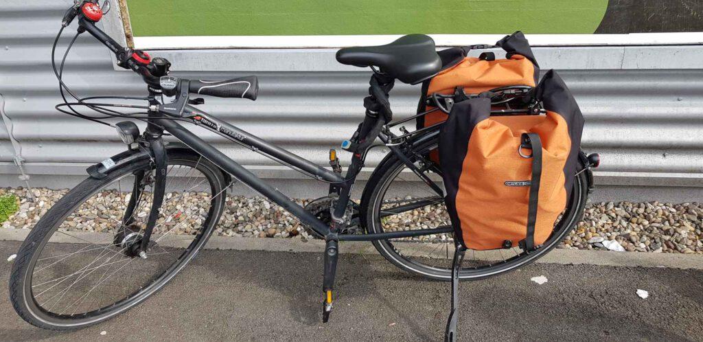 Bepacktes Fahrrad